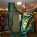 "24 In ihrer ""Original Tropical-Samba Show"" zeigte die ""Bahia Dance Group"" Samba-Tanz …"